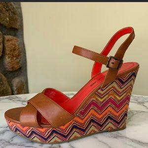 American Eagle by Payless Cognac Multicolor Wedge